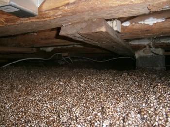Varmt o torrt mellanbotten/lämmin ja kuiva välipohja